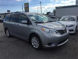 2014 Toyota Sienna LE  - AWD - POWER SLIDING DOORS
