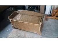 Wicker otterman bench storage