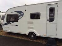 2010 Sterling Eccels Moonstone Caravan with auto motor mover