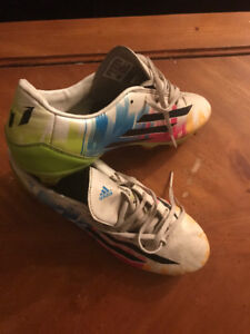 cleats adidas size 9 boy or girl