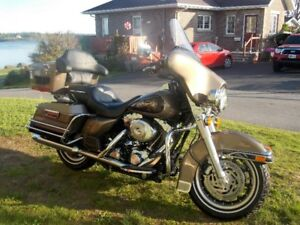 FOR SALE: 2005 Harley Davidson Electric Glide Classic