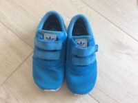 Boys Adidas Ortholite Los Angeles Trainers Size 9
