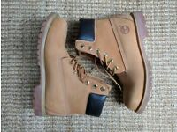 Timberland 6 Inch Boots Womens UK Size 7
