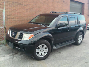 2005 Nissan Pathfinder LE **CERTIFIED**