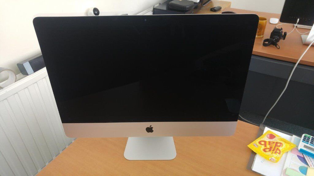 Apple IMac Late 2016 With boxin Hitchin, HertfordshireGumtree - APPLE IMAC OCT 2016 BOX INCLUDED MOUSE AND KEYBORD WORKS GREAT NO DAMAGE TO PC
