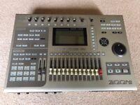ZOOM MRS-1608 16 Track Home Recording Studio w Case