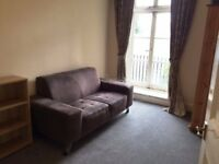 Cheap Two Bedroom Apartment - London Bridge