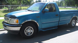 1997 FORD F150 XL - 5 SPEED - ONLY 154,000 KMS - $1250