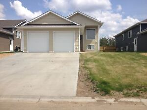 NEWER 3 BED HOME ON QUIET STREET