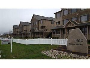 Avail Sep 1 - West Kitchener 3-bed 2-bath condo