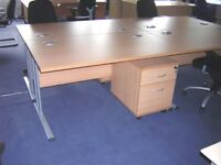 10 - RECTANGULAR OFFICE DESKS - 1400MM X 800MM - VERY GOOD CONDITION