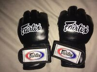 RRP £70 Fairtex MMA Gloves Size M Medium Near Perfect Condition Muay Thai Kickboxing