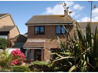 RESERVED 3 Bedroom House to Rent (winter let) in Pentire, Newquay, £900 p/m plus bills, pet friendly