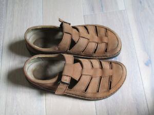 Birkenstock walking Sandals (like new) size 44 metric