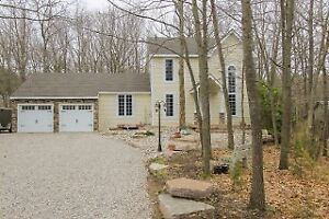 GRAND BEND - HURON WOODS - Just Listed