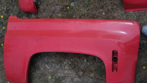 Have misc fenders, hoods, tailgates and project or parts trucks