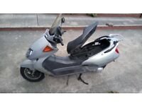 2001 Honda FES250 Foresight scooter