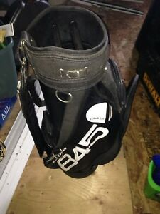 ATTIC SALE- AWESOME GOLF BAG