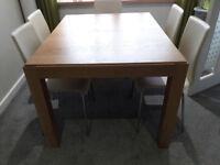 Habitat RIO extendable dining table OAK