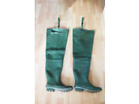 Waders size 8