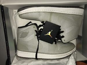 "Jordan 1 ""4lab1"" (glow in the dark)"