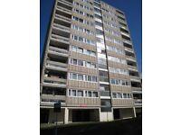 3 bedroom flat in Tangley Grove, ROEHAMPTON, SW1
