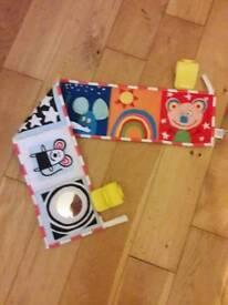 Pram or cot bumper toy