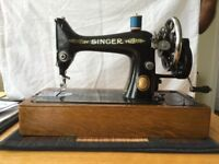Vintage Singer Sewing Machine, 99K model. Very good condition.