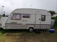 Caravan 4/5 berth