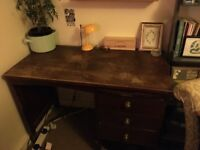 Lovely desk, £20 collection only