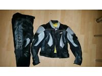 Leather jacket and trousers woman's 12