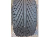Tyre 235/40ZR18