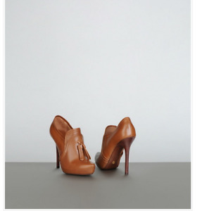 Giorgio Armani Cognac Leather Tassel Ankle Boots Made in Italy