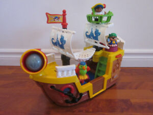 * Bateau Pirate * Fisher Price