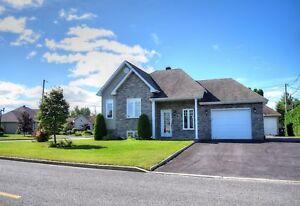 Maison - à vendre - Notre-Dame-des-Prairies - 14638305