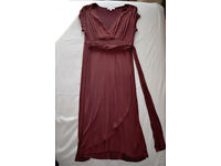 Maternity / Feeding Dress, dark red. Size large fits size 14/16