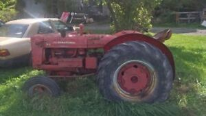 wanted to buy IH w4 tractor