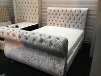 Crushed velvet swan set