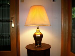 Oriental style brass accent lamp