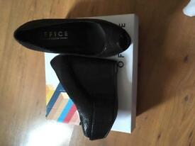 Office Black Wedges