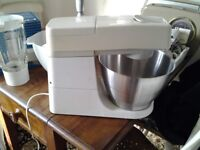 Kenwood chef 901 plus attachments