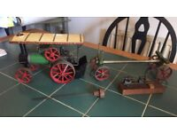 Mamod TEAI 1970,s steam traction engine plus trailer and extras.