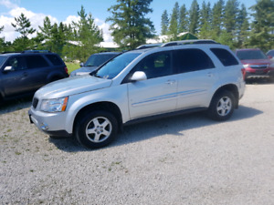 2009 Pontiac Torrent.  FWD. V6.  $5,900.