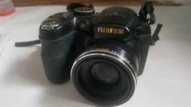 FUJIFILM FINEPIX S2800HD Camera