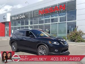 2016 Nissan Rogue SL ** LOW KMS, FULLY LOADED **