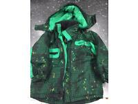 Ski jacket and sellopettes age 3-5
