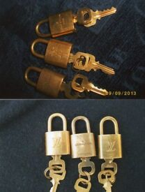 Louis VUITTON Padlock and ONE key - Guaranteed Authentic