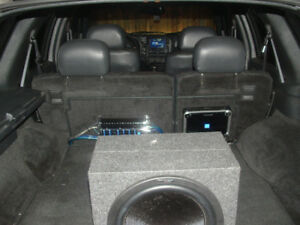 Car Audio System Amplifier, Sub woofer and farad