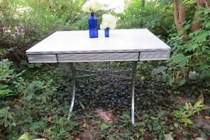Awesome mid-century arborite and chrome table with extensions