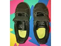 Kids Adidas Neo size 7